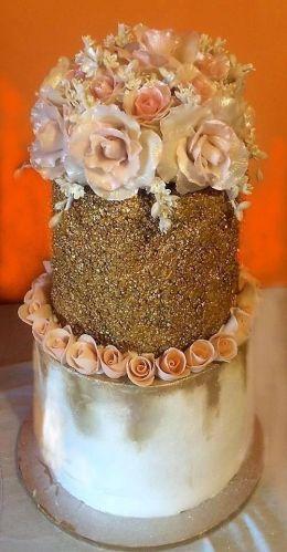 сватбена торта - Професионална гимназия по туризъм Кюстендил