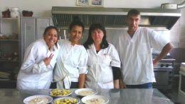 След добре сготвената храна - Професионална гимназия по туризъм Кюстендил
