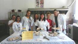 """крайна представителна изява на клуб """" Празнична кухня"""" - Професионална гимназия по туризъм Кюстендил"""
