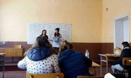 Обсъждане на тема Себепознание. Прозорецът на Джохари. - Професионална гимназия по туризъм Кюстендил